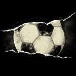 撕裂纸张里的斑驳足球