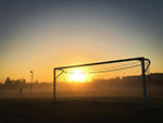 足球场日出