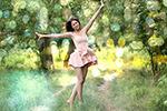 户外舞蹈美女