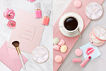 粉色美妆海报2