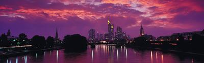 长幅城市夜景