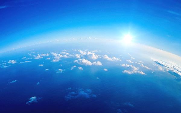 浅蓝色风景背景