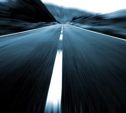 高速下的公路