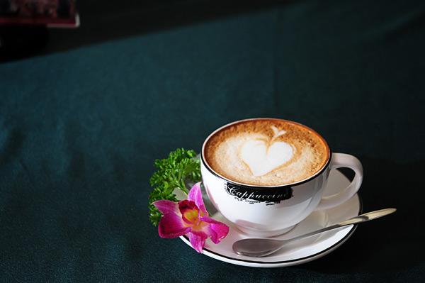 唯美 牛奶咖啡/牛奶咖啡
