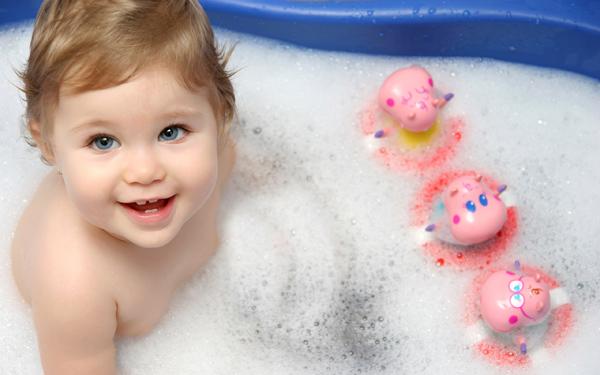 幼儿沐浴步骤图片