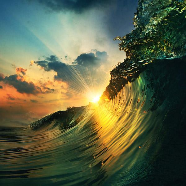 蓝色手绘渐变海浪