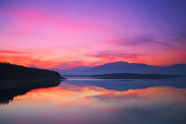 湖泊傍晚风景