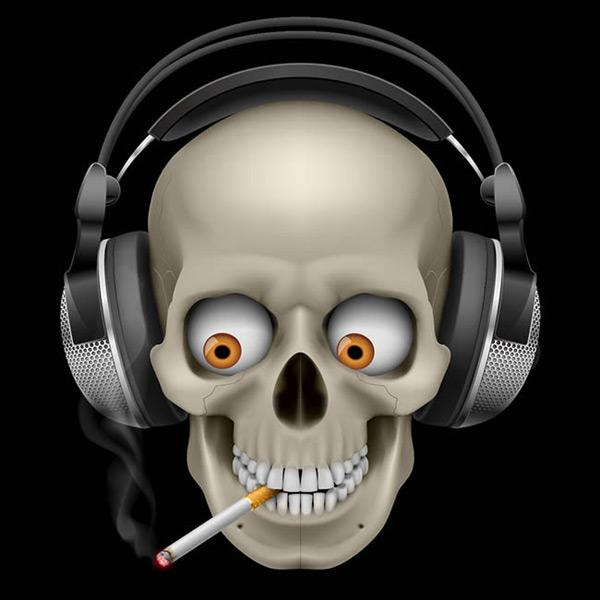 抽烟的骷髅头