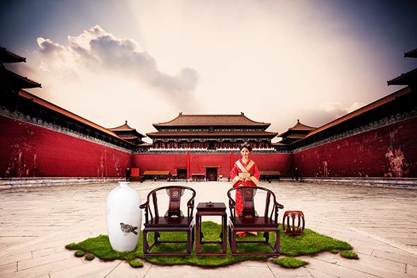 关键词: 大气中国风海报psd分层素材,中国风海报,古城,故宫,草地,古装