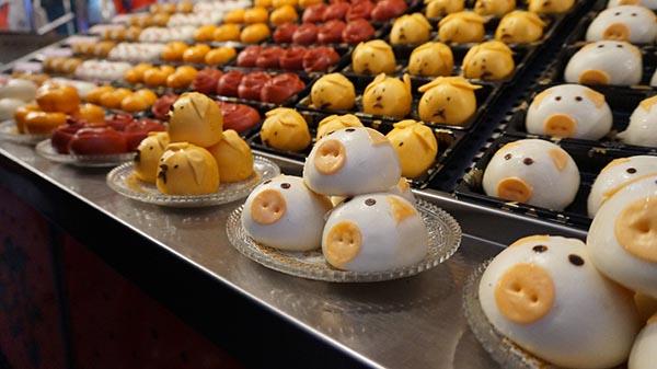 餐饮美食所需点数: 0 点 关键词: 可爱包点,包点,可爱,猪仔包,早餐