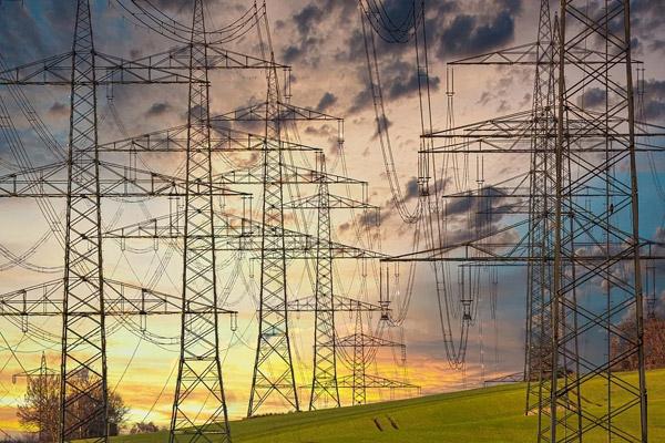 高电压输变电塔