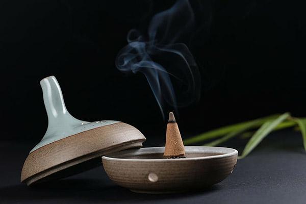 传统香炉图片