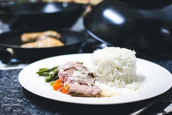 鸭肉饭图片