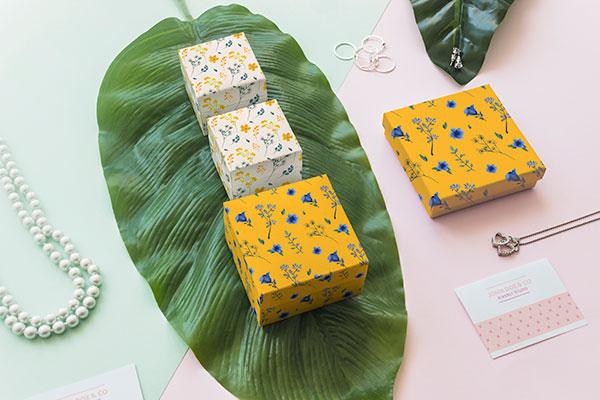 素材分类: 包装设计所需点数: 0 点 关键词: 珠宝包装盒样机概念图片