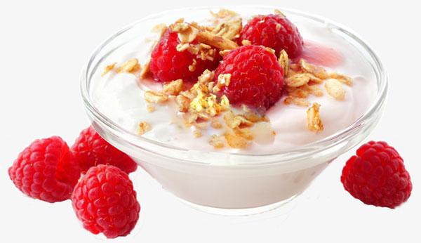 莓子麦片酸奶