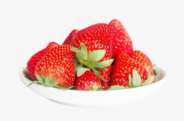 白瓷盘里的草莓