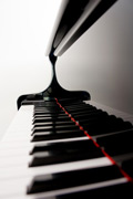 清洁钢琴键盘