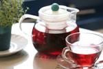 红茶茶壶与茶杯