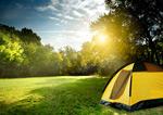草地上的帐篷