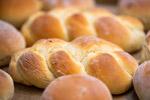 新鲜烤面包图片