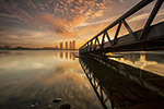 河边日落风景