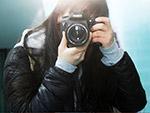 女孩摄影师