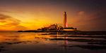 日落海滨灯塔